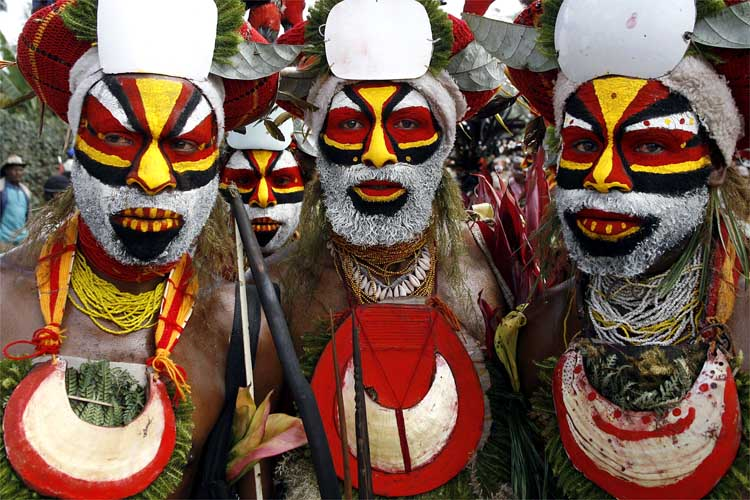http://afrika-raj.ru/images/afrikanskie-maski-ispolzovanie.jpg