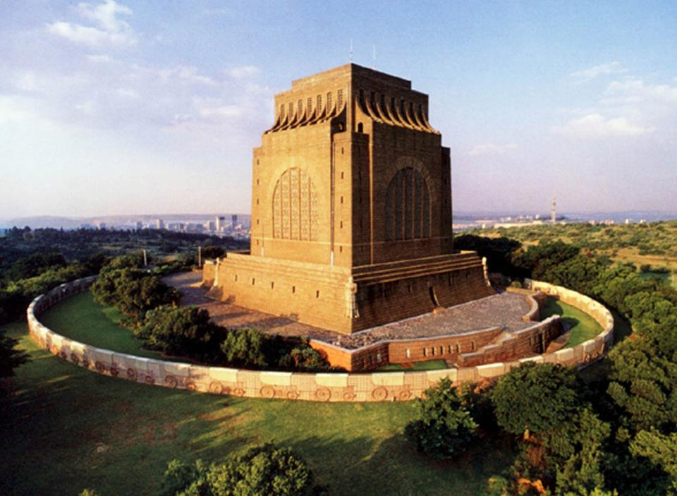 the voortrekker movement in south africa This chapter examines material culture by looking at the voortrekker monument in south africa it shows how the history of its design and creation maps the multi.